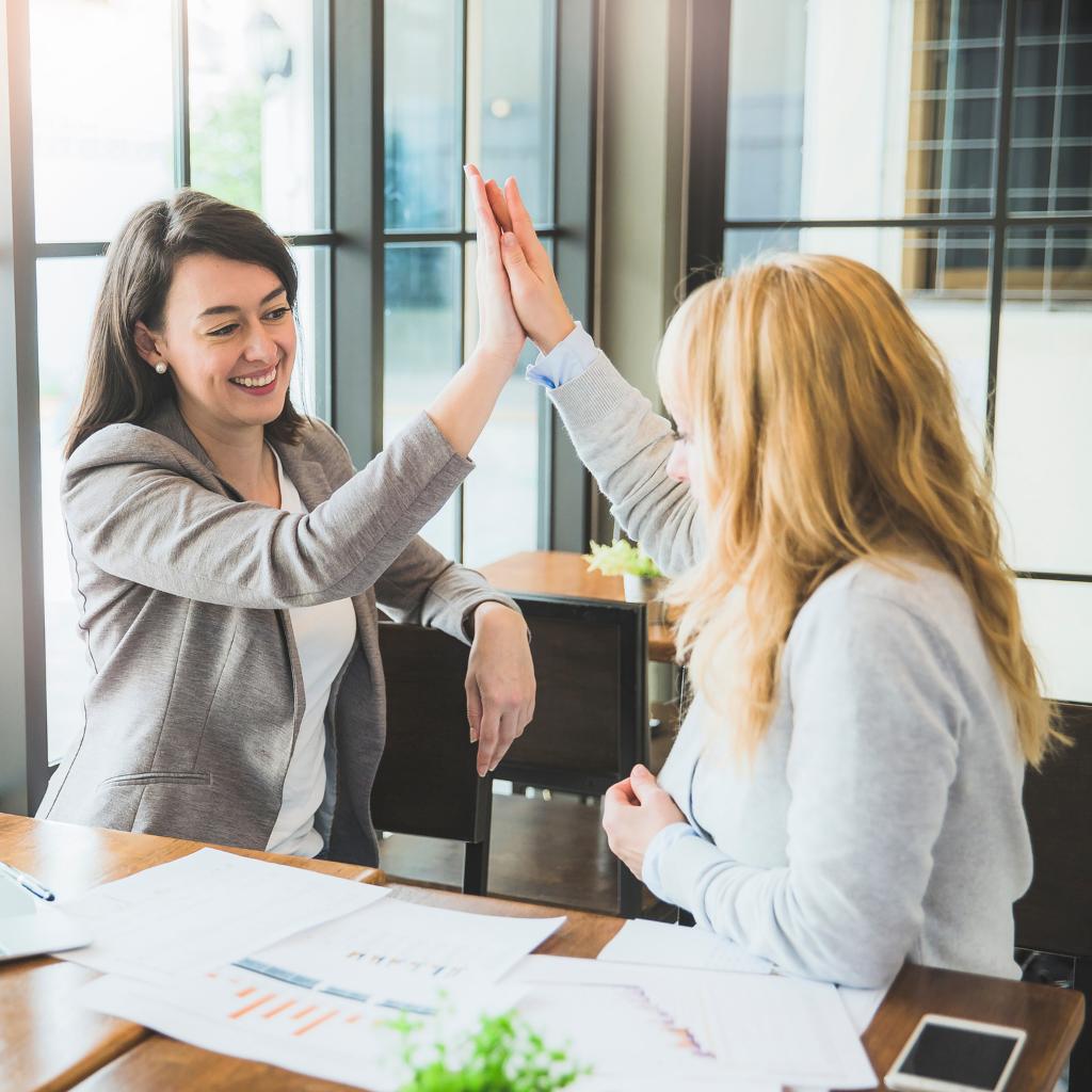 Partenariat entreprise de portage salarial et freelance